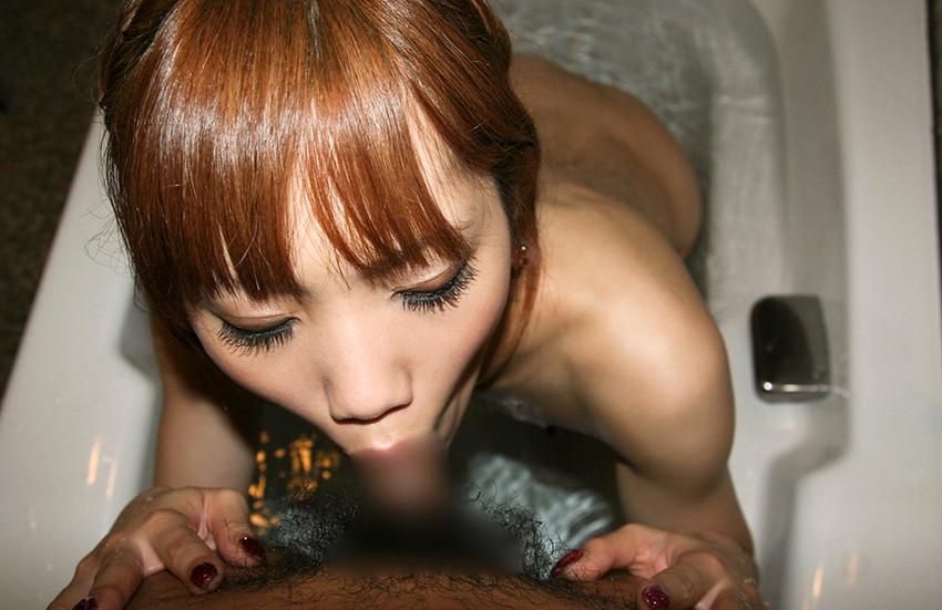 【全裸フェラチオエロ画像】生まれたままの姿、全裸で男のチンポを求める女たち!www 51