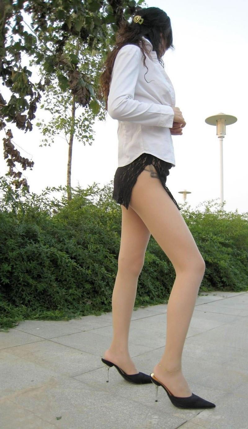 【美脚エロ画像】おいしそうな生足!美脚の女の子の画像集めたった! 04
