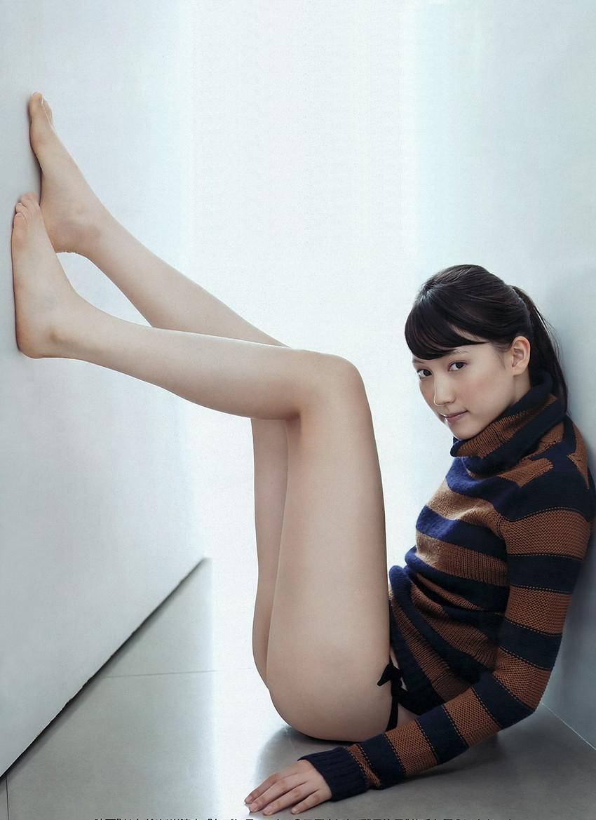 【美脚エロ画像】おいしそうな生足!美脚の女の子の画像集めたった! 45