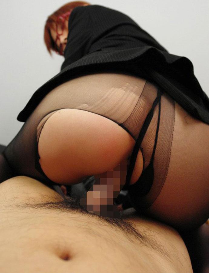 【着衣セックスエロ画像】着衣のままセックスに励む男女のエロ画像、エロ過ぎ! 45