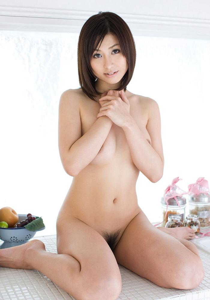 【フルヌードエロ画像】女の子の全裸は何時間みても見飽きることはないなww 05