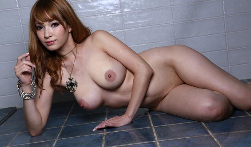 【フルヌードエロ画像】女の子の全裸は何時間みても見飽きることはないなww 19