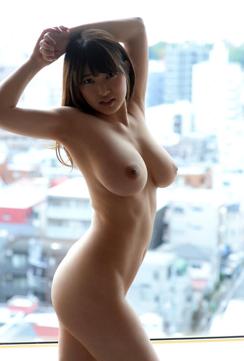 【フルヌードエロ画像】女の子の全裸は何時間みても見飽きることはないなww 50