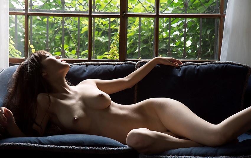 【フルヌードエロ画像】一糸まとわぬ女の子たちの生まれたままの姿に勃起不可避! 27