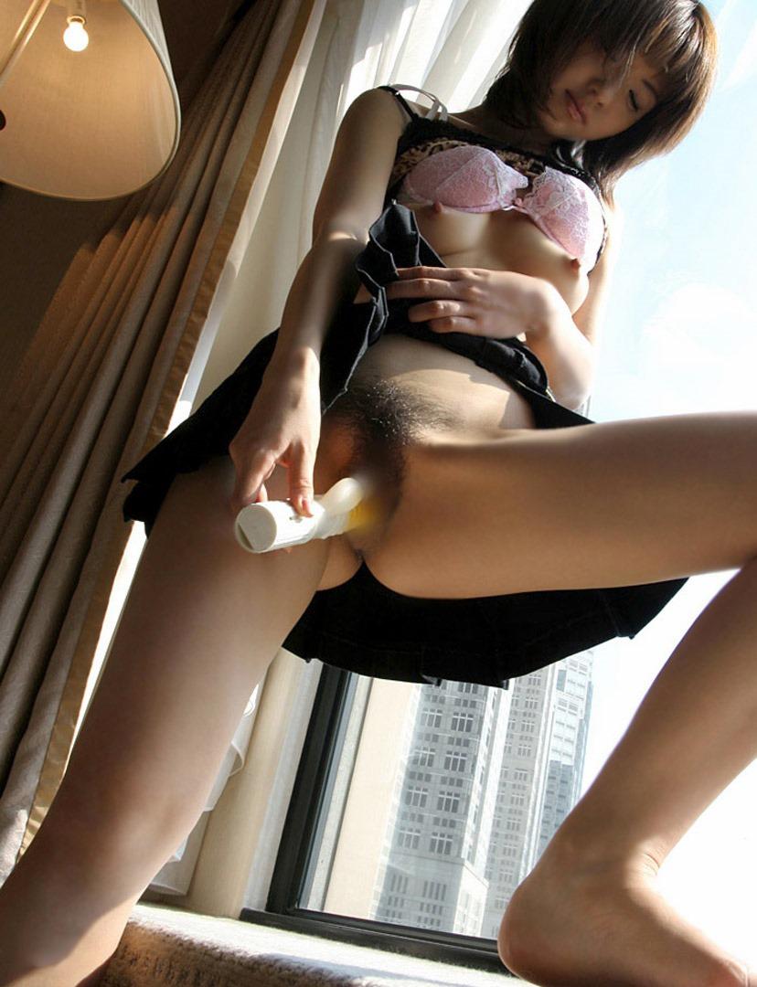 【バイブオナニーエロ画像】バイブで膣内をズボスボするバイブオナニーエロ杉! 23