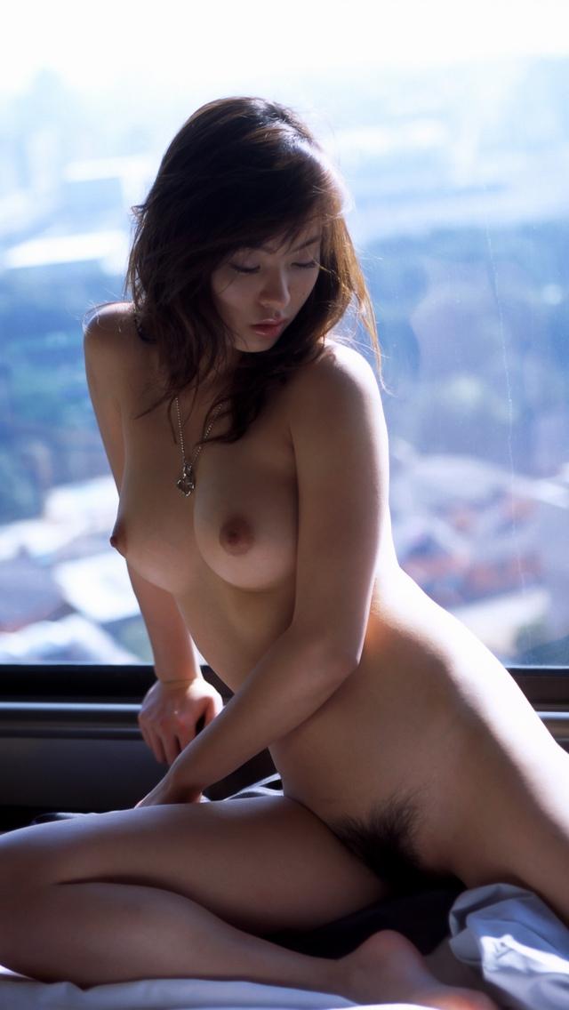 【フルヌードエロ画像】やっぱりエロい!一糸まとわぬフルヌードな女の子! 27