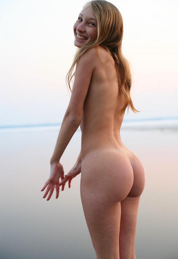 【海外美尻エロ画像】海外美女たちの美しいと思える尻の画像集めたった! 42