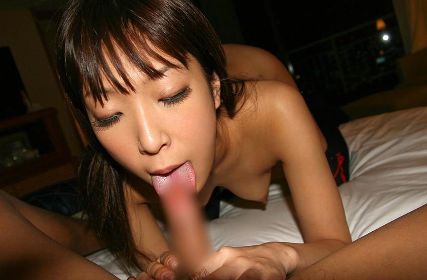 【全裸フェラチオエロ画像】女の子が全裸でチンポにしゃぶりつく姿がエロ過ぎて草ww 18