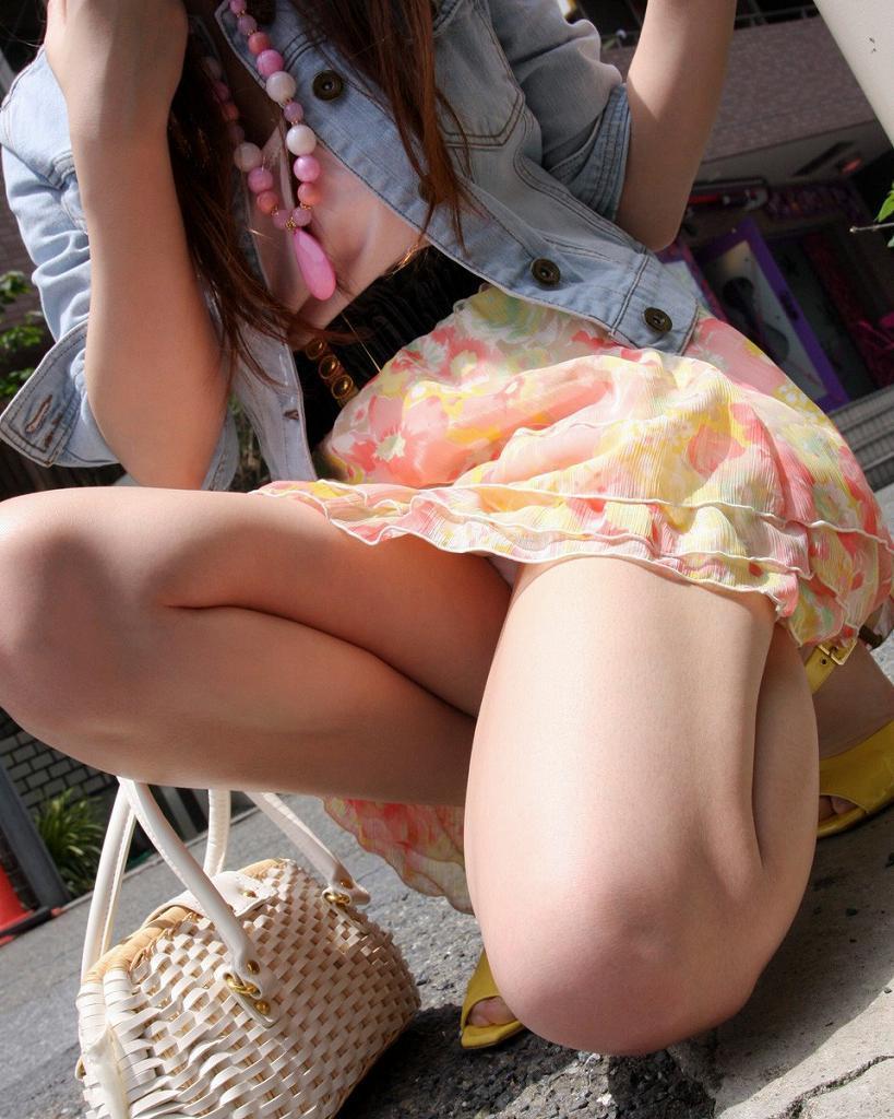 【美脚エロ画像】この脚線美を理解できるか!?美脚フェチ必見のエロ画像! 37