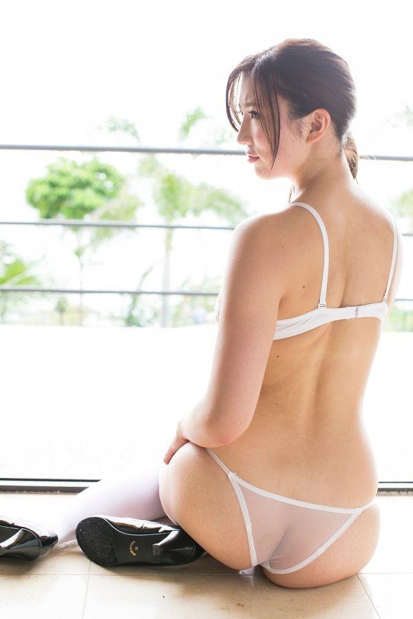 【セクシーランジェリーエロ画像】機能性よりもセクシーさが重視されたエロ下着! 27