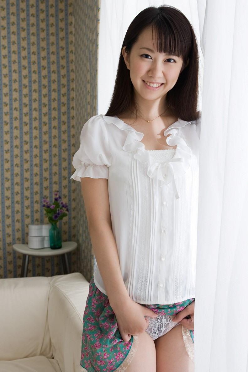 【セルフパンチラエロ画像】スカートの中身を自ら見せてくれる女の子!女神かよ!?w 29