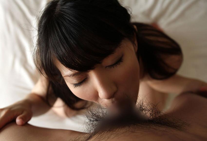 【全裸フェラチオエロ画像】素っ裸でチンポにしゃぶりつく!一糸まとわぬ姿のフェラチオ! 07
