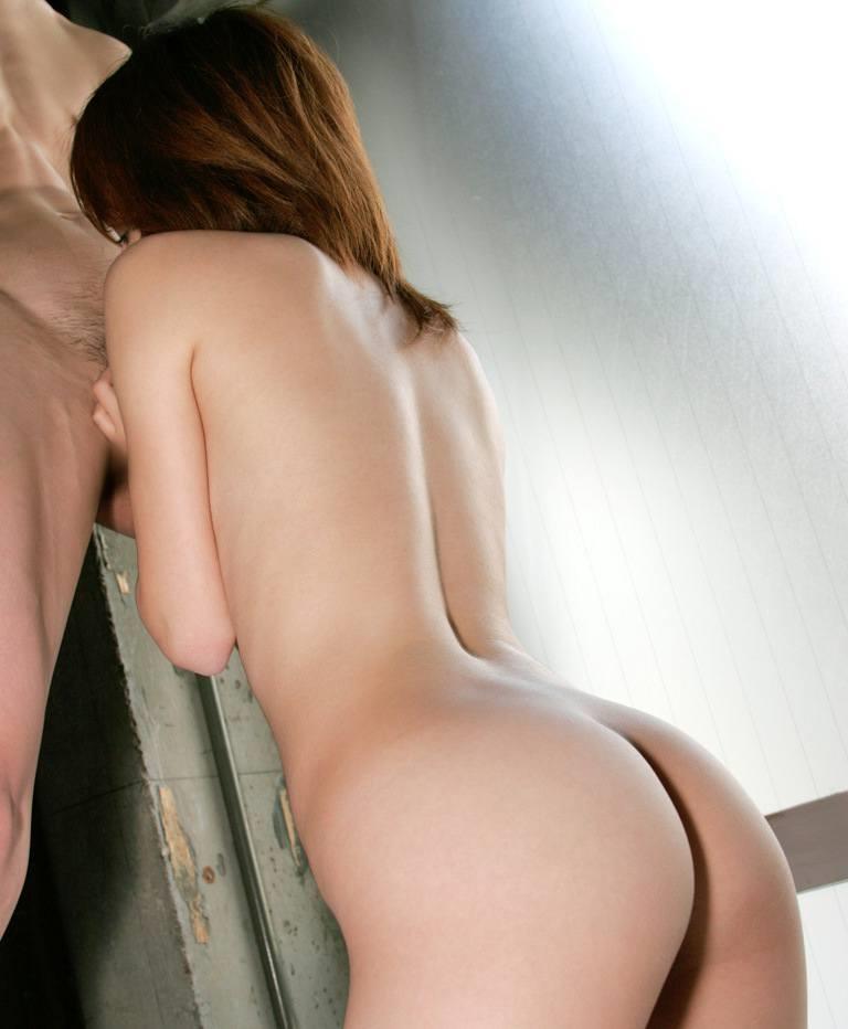 【全裸フェラチオエロ画像】素っ裸でチンポにしゃぶりつく!一糸まとわぬ姿のフェラチオ! 34