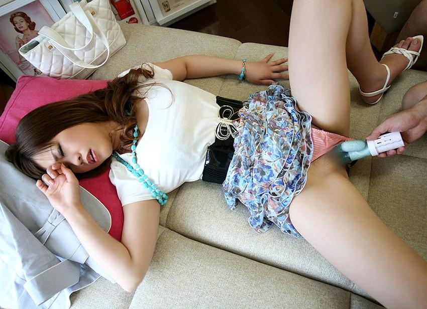 【バイブ責めエロ画像】バイブで膣内をかき回される女の子達がエロッ! 10