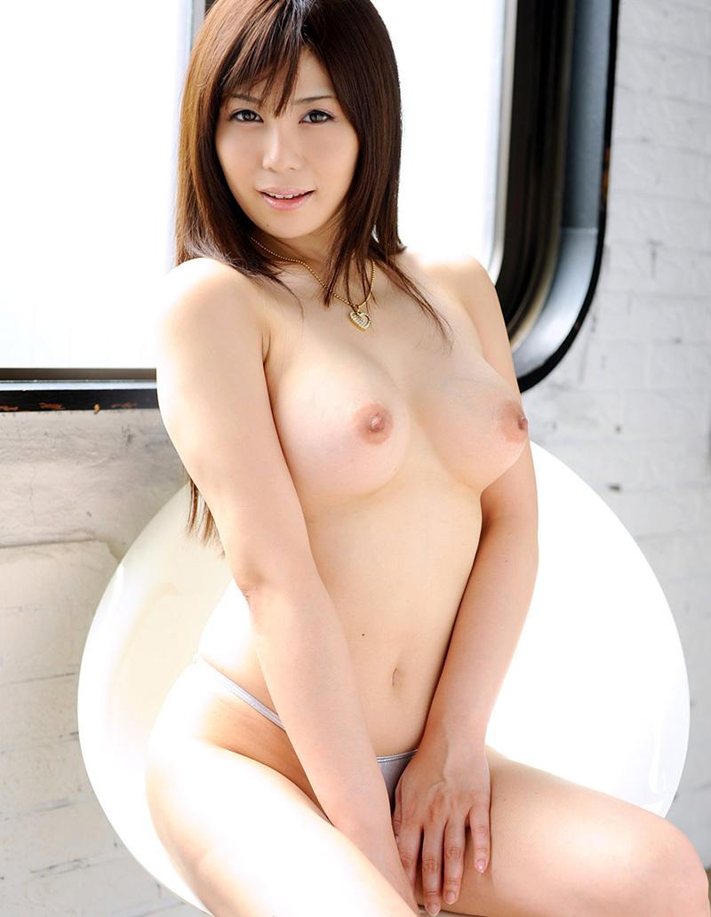 【美乳エロ画像】おっぱいの綺麗な美乳の女の子の画像集めたったwwww 28
