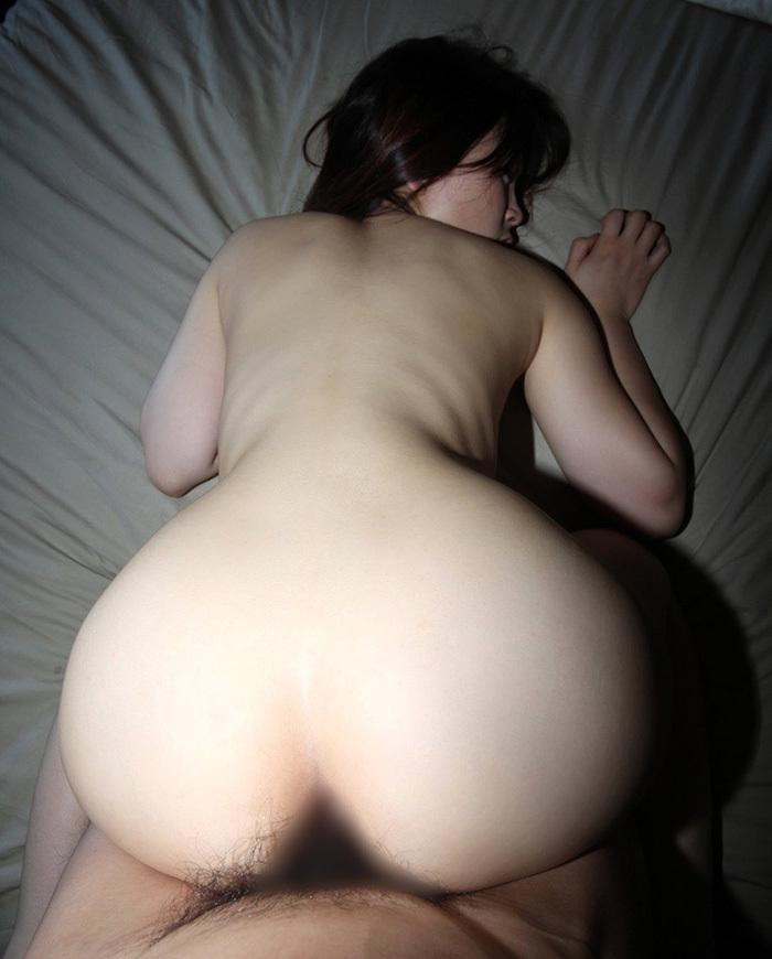【バックエロ画像】バックでセックスする男女のエロ画像が生々しくて抜ける! 50