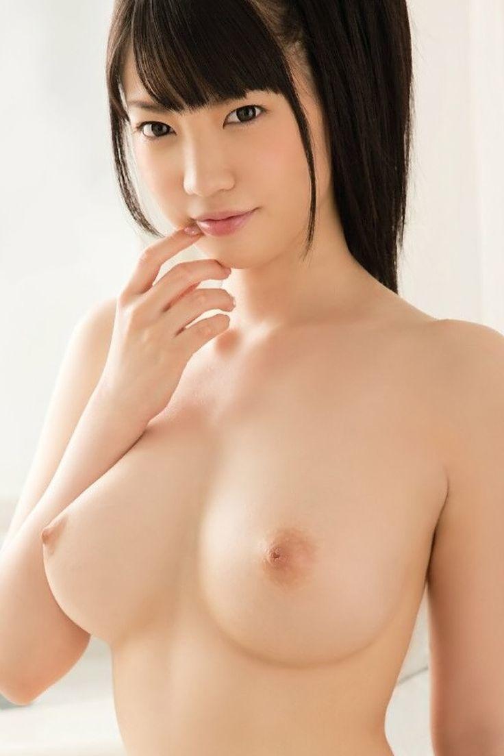 【美乳エロ画像】美しいおっぱいはため息が出そうになるほど魅力的だよなww 52