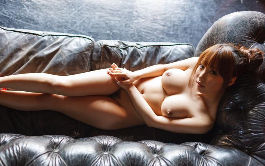 【美乳エロ画像】おっぱいの美しい女の子ってそれだけで得してると思うんだよなw 14