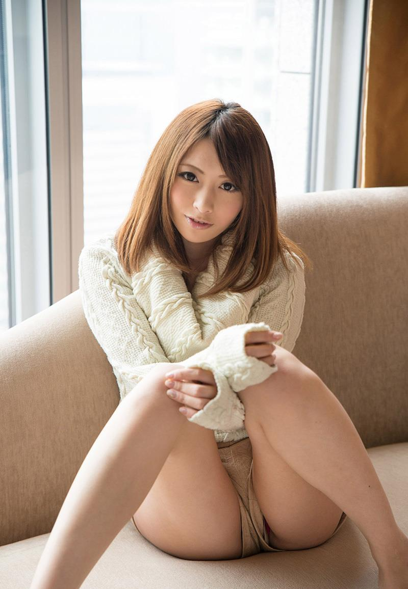 【M字開脚エロ画像】M字に開かれた女の子の両足!ついつい股間を凝視wwww 16
