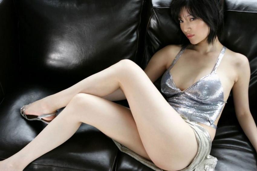【美脚エロ画像】思わずナマツバを飲み込んでしまいそうなほどおいしそうな美脚! 44