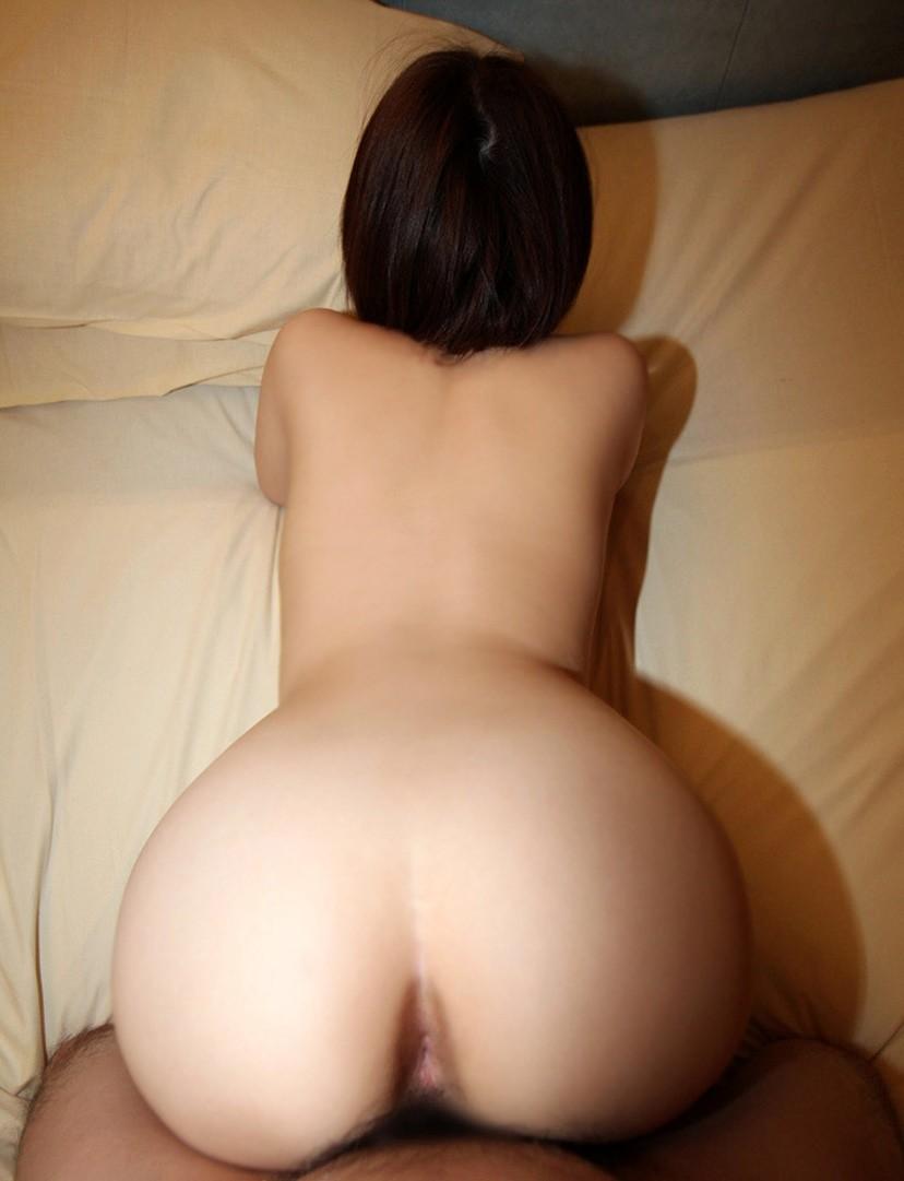 【バックエロ画像】女の子の尻を眺めつつ、バックからガンガンに突きつける! 34