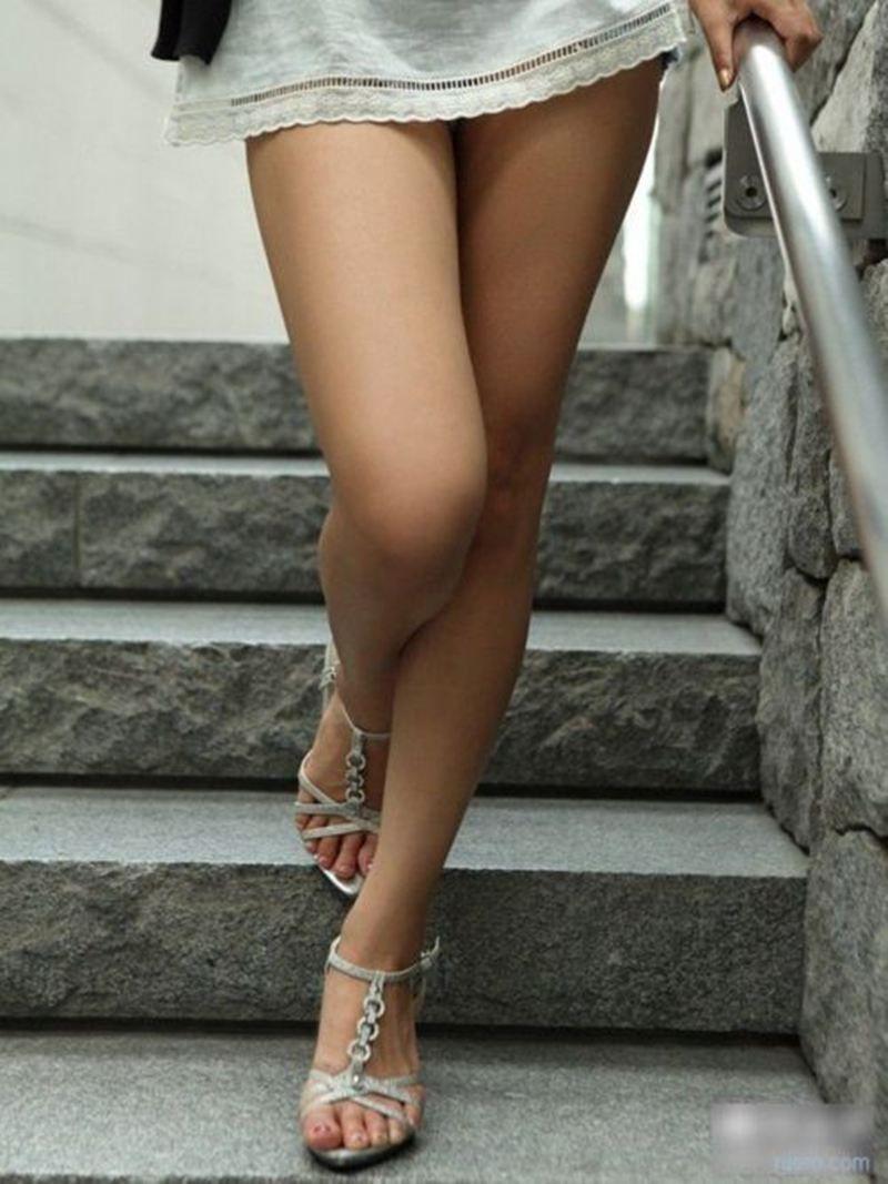 【美脚エロ画像】脚の綺麗な女の子たちのエロ画像集めたら勃起したwwww 05