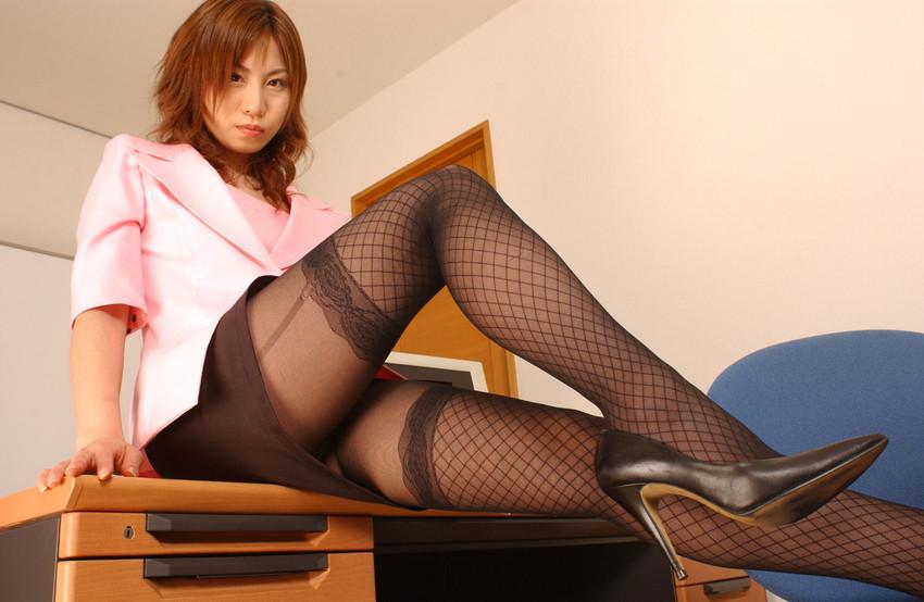 【美脚エロ画像】脚の綺麗な女の子たちのエロ画像集めたら勃起したwwww 26