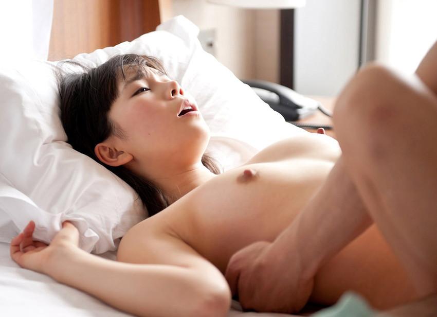 【正常位エロ画像】最も一般的、且つ、ノーマルなセックスの体位といえばコレ! 14