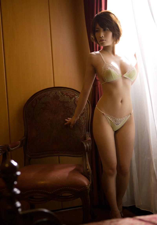 【下着姿エロ画像】裸もいいけど下着姿もいい!下着姿の女の子の画像集めたった! 11