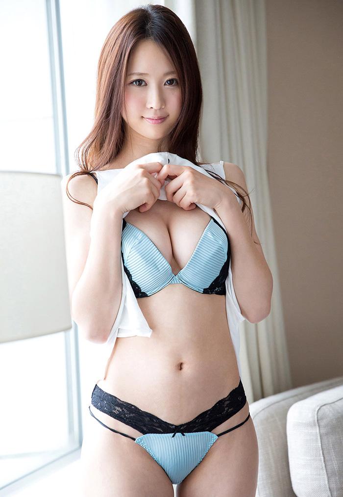 【下着姿エロ画像】裸もいいけど下着姿もいい!下着姿の女の子の画像集めたった! 48