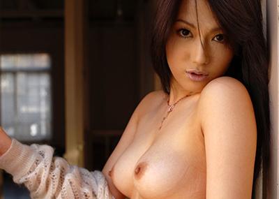 【美乳エロ画像】思わず感嘆のため息!?美乳の女の子の画像集めたった!