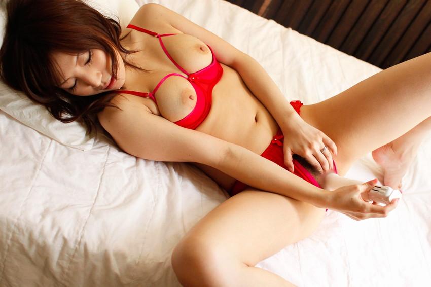 【バイブオナニーエロ画像】バイブで膣内をグリグリ!バイブオナニー特集! 22