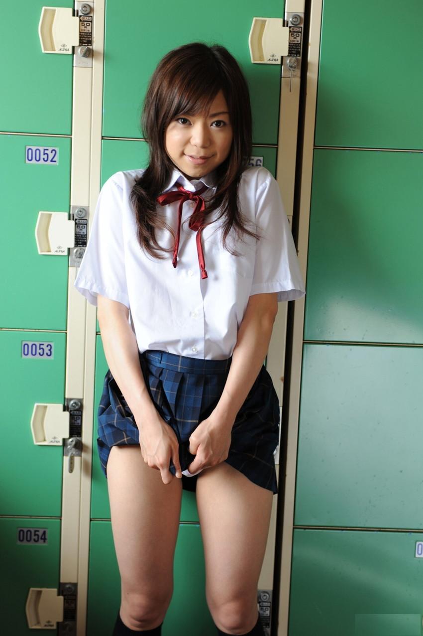 【JKコスプレエロ画像】JKに扮したAV女優たち!制服似合いすぎて草wwwwww 28