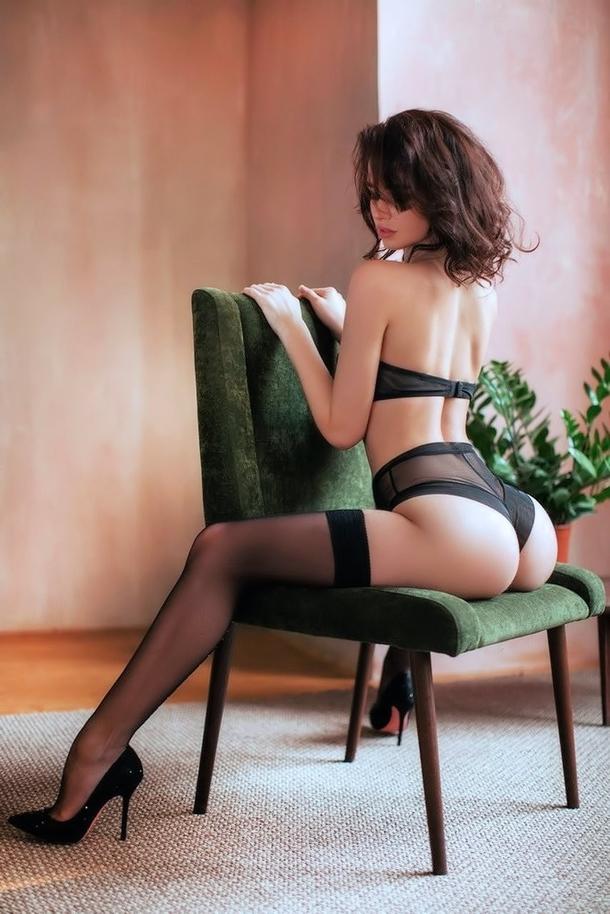 【海外美尻エロ画像】海外の女の子だちの抜群のプロポーションと美尻が最高! 24