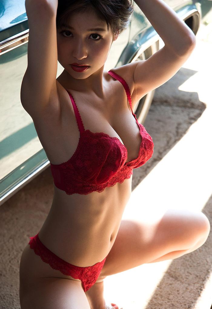 【ランジェリーエロ画像】セクシーなその姿に思わず見とれてしまうランジェリー娘www 26