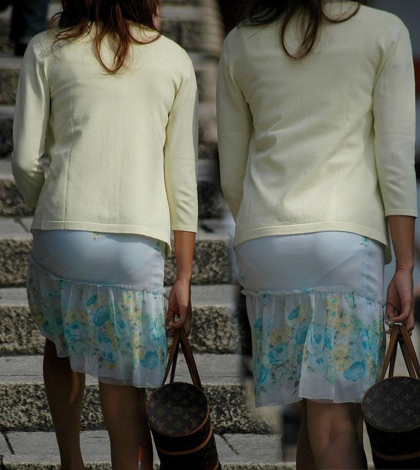 【素人着衣透けエロ画像】街中で着衣が透けていることに気づかない素人娘たち! 11