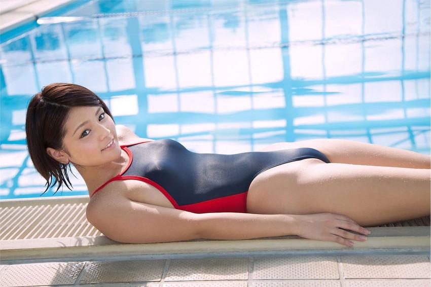 【競泳水着エロ画像】競泳水着といえどもこうして見るとビキニよりもエロいんじゃないか? 08