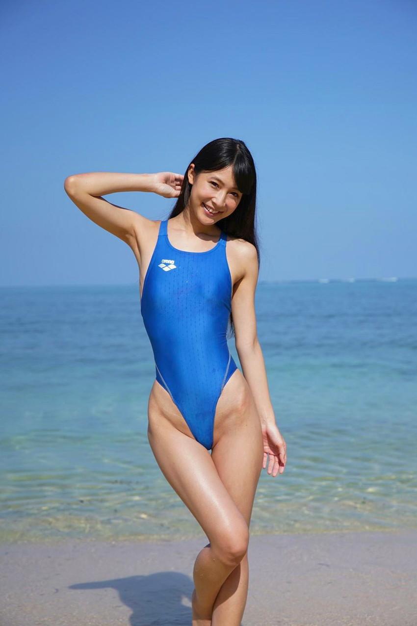 【競泳水着エロ画像】競泳水着といえどもこうして見るとビキニよりもエロいんじゃないか? 28