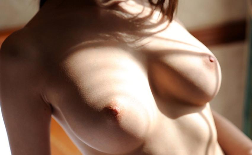 【美乳エロ画像】何時間見ていても飽きることない、ヨダレものの美乳の女の子w 18