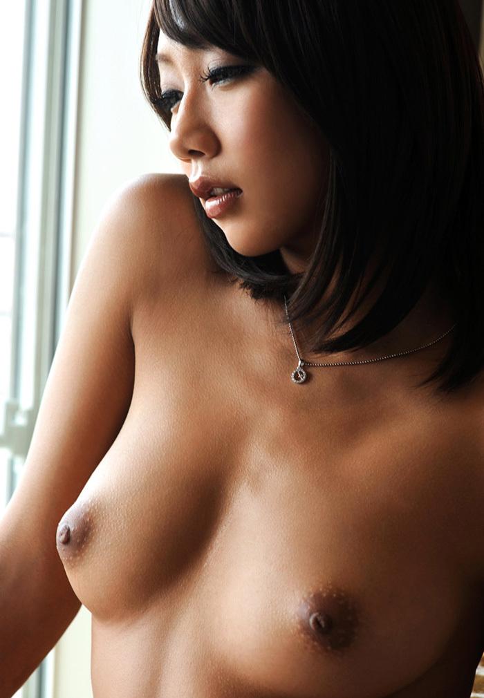 【美乳エロ画像】何時間見ていても飽きることない、ヨダレものの美乳の女の子w 29