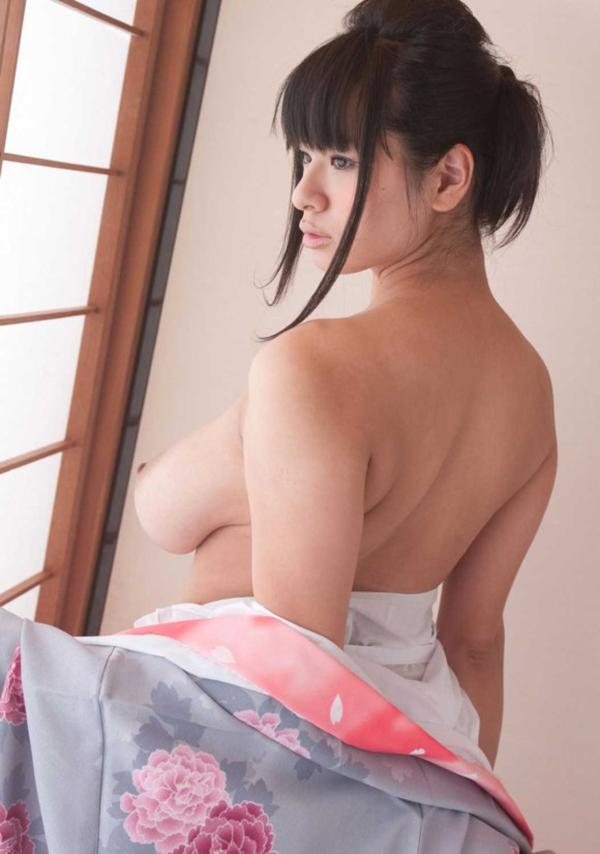 【和服エロ画像】日本の民族衣装、和服姿の女の子たちのエロ画像集めたら勃起した! 36