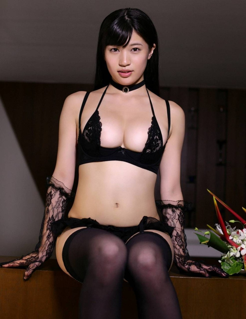 【高橋しょう子エロ画像】人気爆進中の言わずと知れたグラドルあがりのAV女優! 48