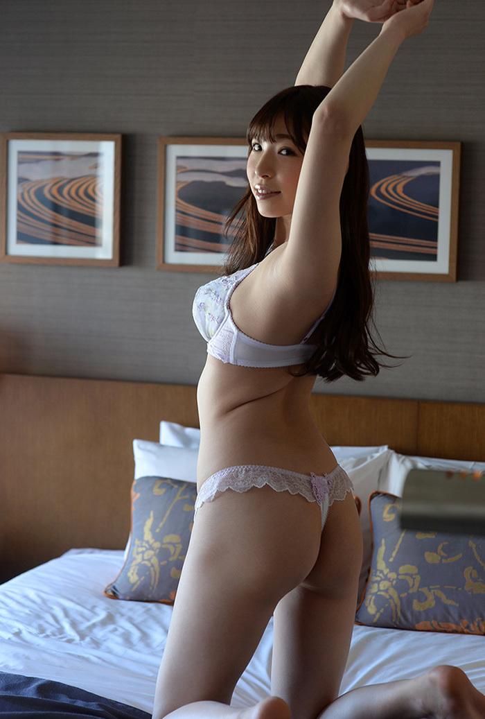 【Tバックエロ画像】セクシーすぎるお尻!Tバックを履いた美尻の女の子が抜ける! 44