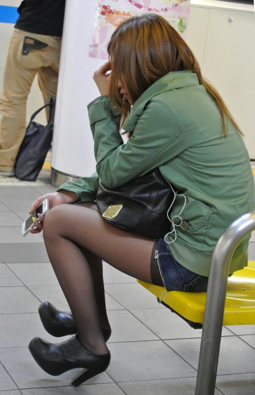 【素人ホットパンツエロ画像】暖かくなると見かける太ももムキだしファッション! 36
