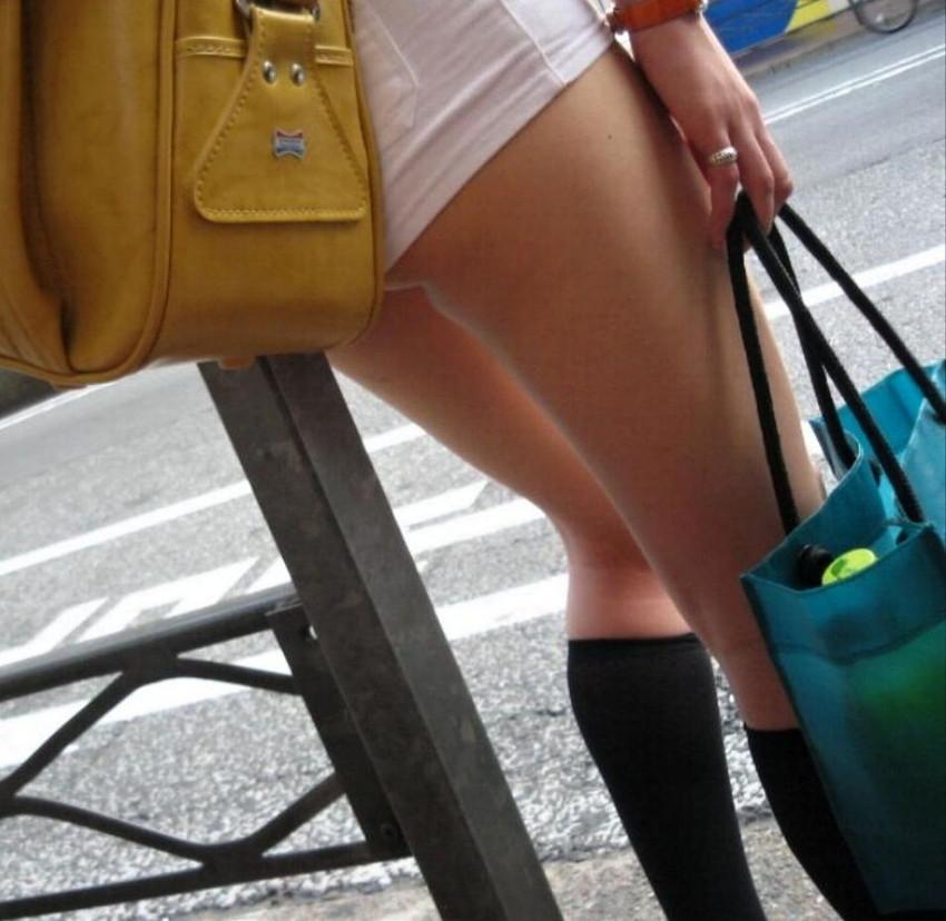【素人ホットパンツエロ画像】暖かくなると見かける太ももムキだしファッション! 44