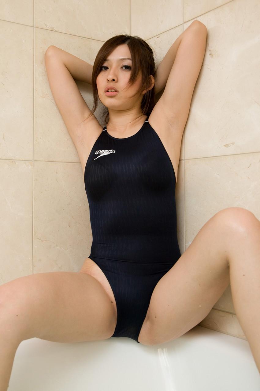【競泳水着エロ画像】競泳水着っていうけど、これってビキニよりエロい水着なのでは?w 49