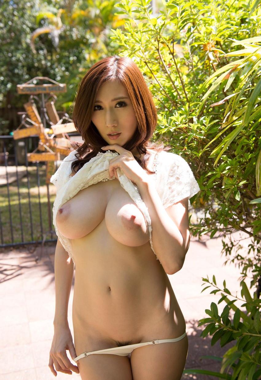 【JULIAエロ画像】神乳、美巨乳で有名な若妻系AV女優のJULIAの画像集めてたら勃起したw 19