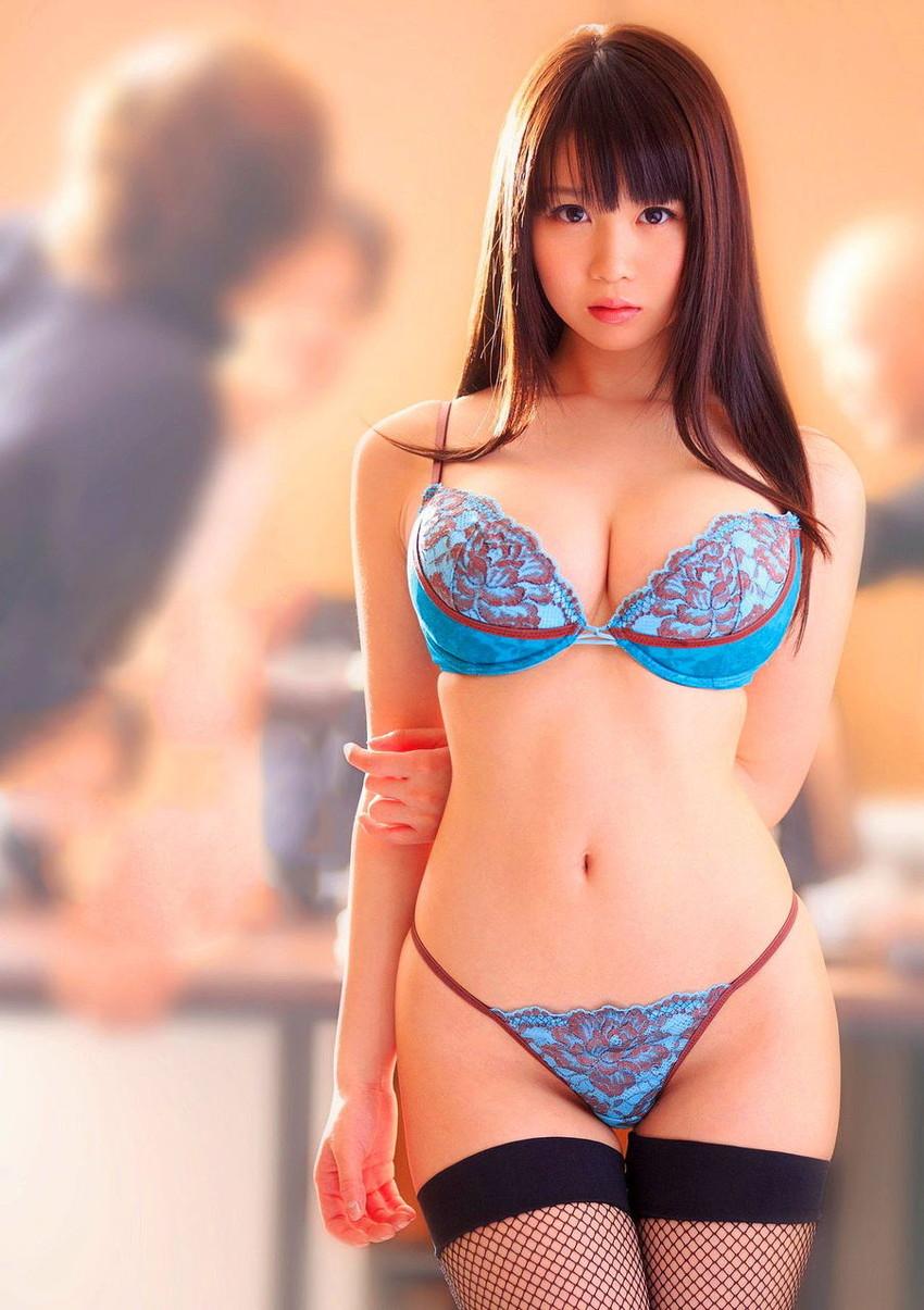 【下着姿エロ画像】ある意味、全裸よりもエロくてセクシーな下着姿www 35