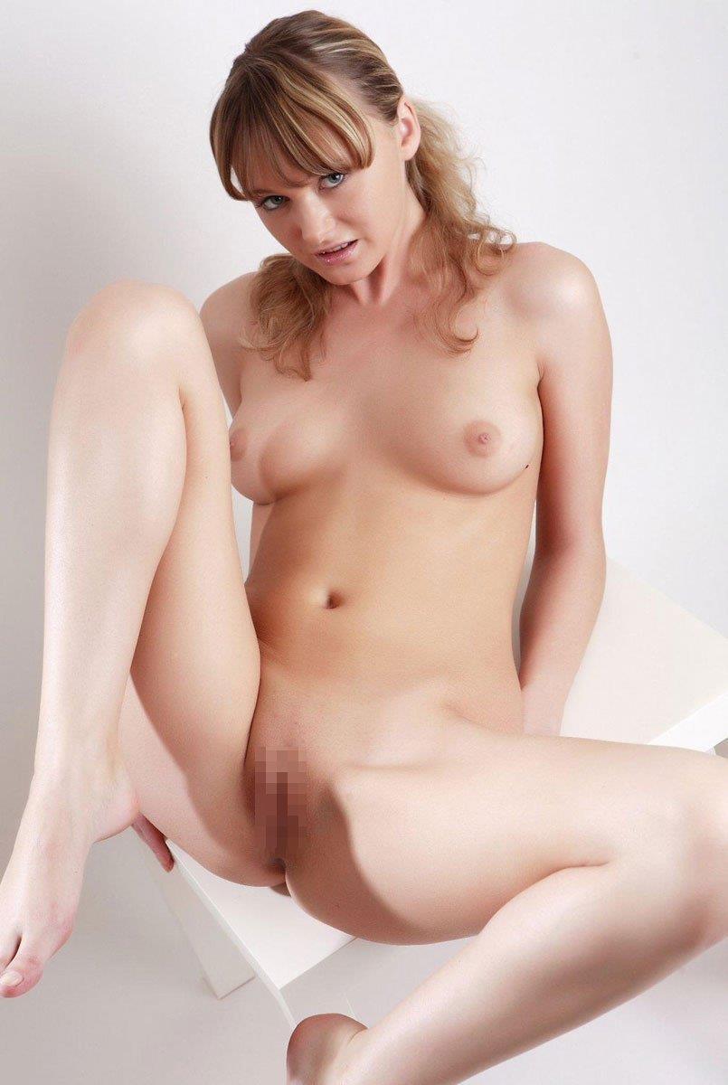 【海外股間エロ画像】海外の女の子たちの股間の画像集めてたら勃起したwww 28