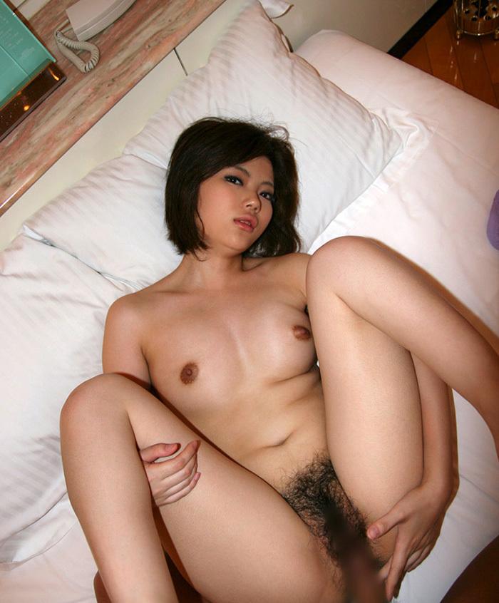 【正常位エロ画像】正常な体位?ごくごく一般的なセックスの体位でセクロスしている男女ww 13